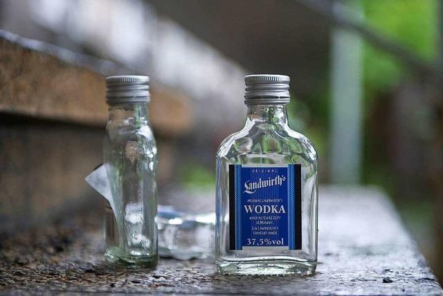 Zeuge zu Wodka-Klau in der Jet-Tankstelle gesucht