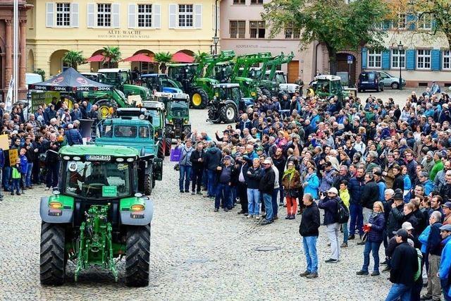 700 Landwirte demonstrierten mit 85 Traktoren auf Münsterplatz