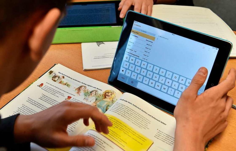 Der Digitalpakt kommt auch in Offenbur...ernisierung der Schulen zur Verfügung.  | Foto: Carmen Jaspersen