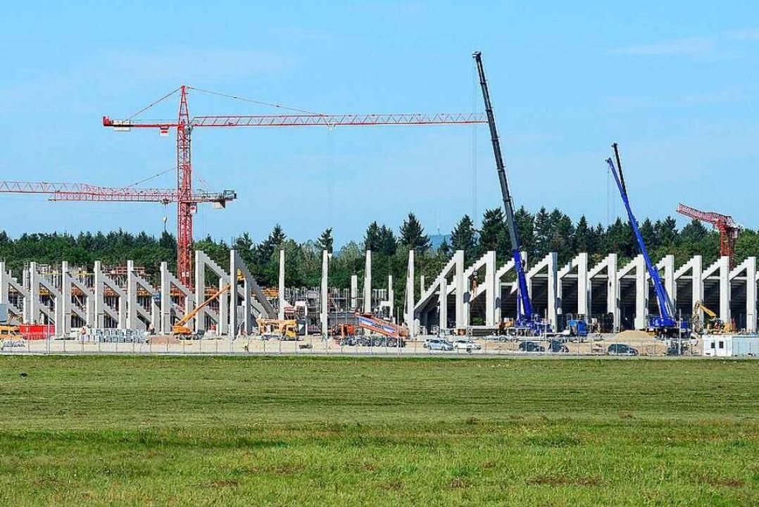 Wie geht es mit den Spielen im neuen SC-Stadion nun weiter?  | Foto: Ingo Schneider