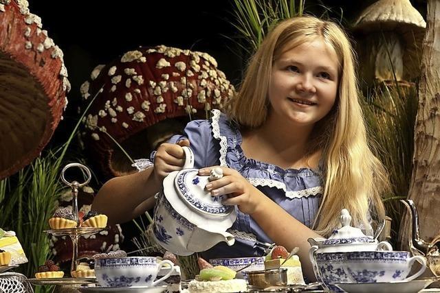 Basler Kindertheater führt Alice im Wunderland auf