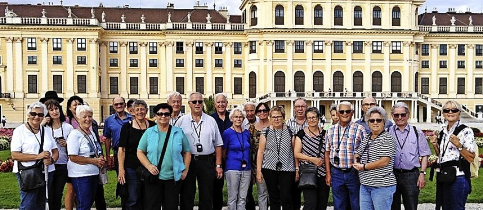 <BZ-FotoAnlauf>vhs Zell in Österreich:...ndruckt vom Schönbrunner  Schlosspark.  | Foto: VHS