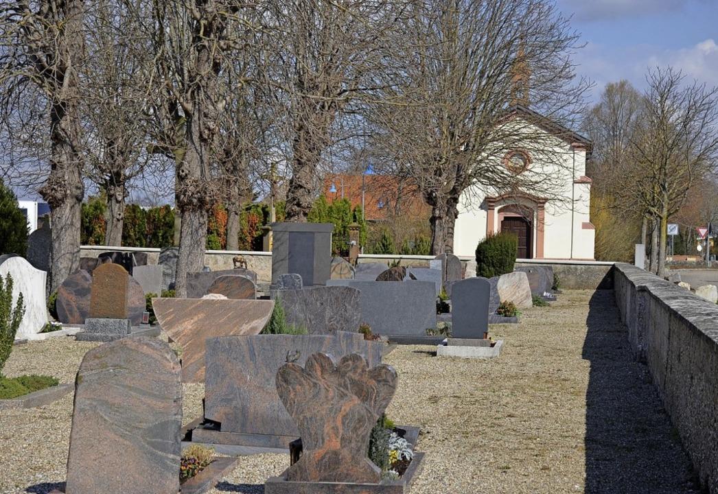 Wird saniert: Der Feldkircher Friedhof.   | Foto: Gabriele Hennicke