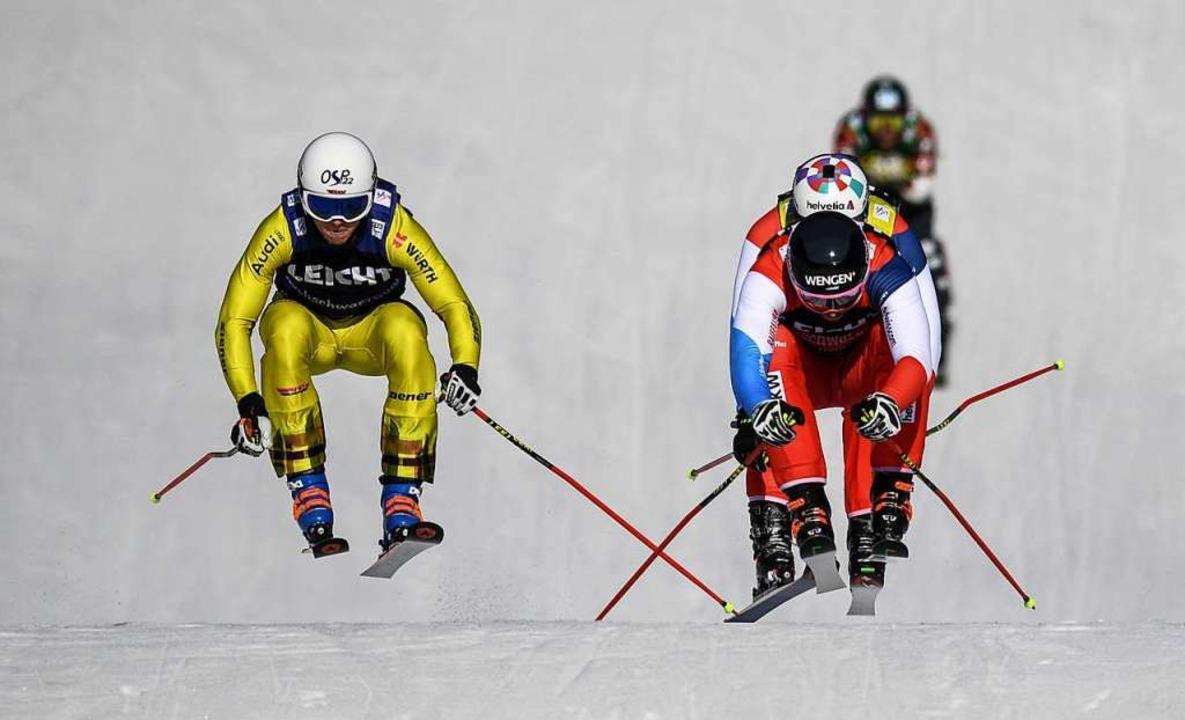 Die weltbesten Skicrosser riskieren au...es auf ihrer Spezialpiste am Feldberg.  | Foto: Patrick Seeger