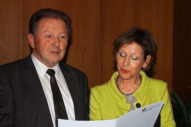 Paul Renz gehört seit 40 Jahren dem Lörracher Kreistag an