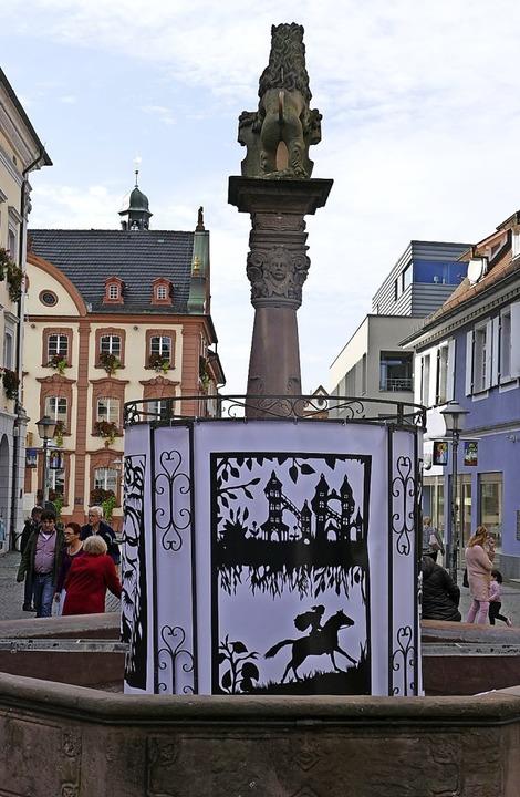 """Bunte Laternen und in diesem Jahr erst...ieder zur """"Laternenstadt"""".    Foto: Helmut Seller"""