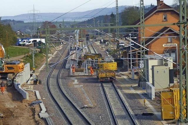 Arbeiten am Bahnhof in der Endphase