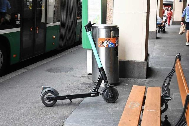 In Basel gibt es Ärger mit falsch abgestellten E-Rollern