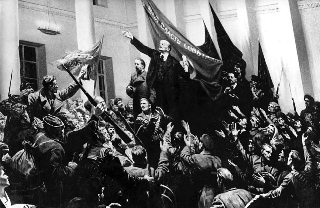 In  diesem Jahrhundertpanorama im Gewa...enromans spielt auch Lenin eine Rolle.    Foto: dpa