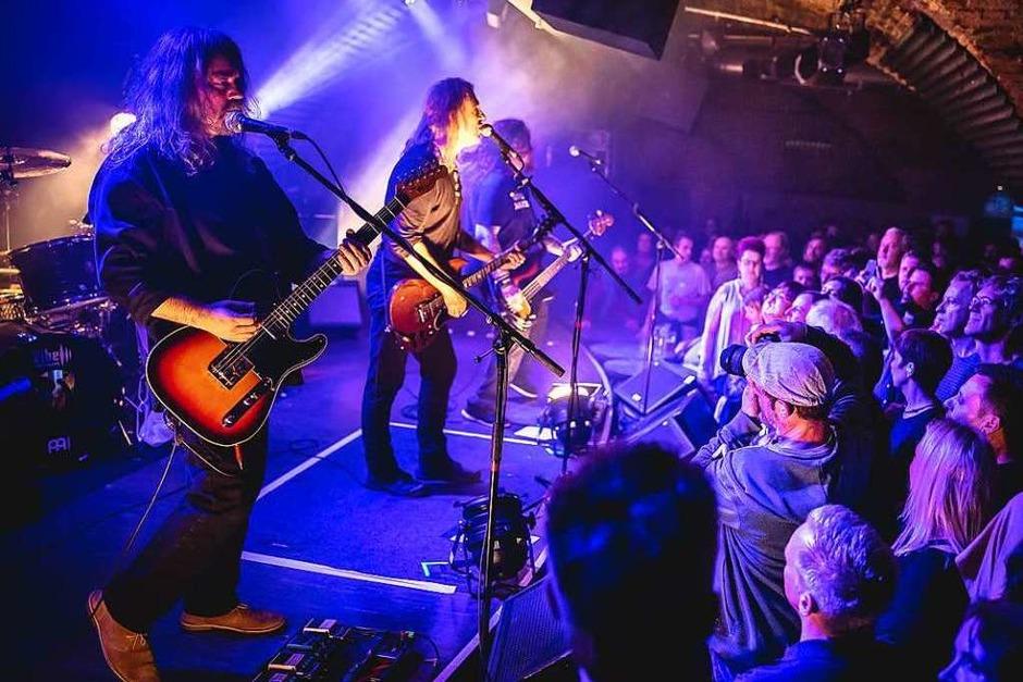 New Model Army spielten im Freiburger Jazzhaus. Support gab es von der Band Stunchile (Foto: Janos Ruf)