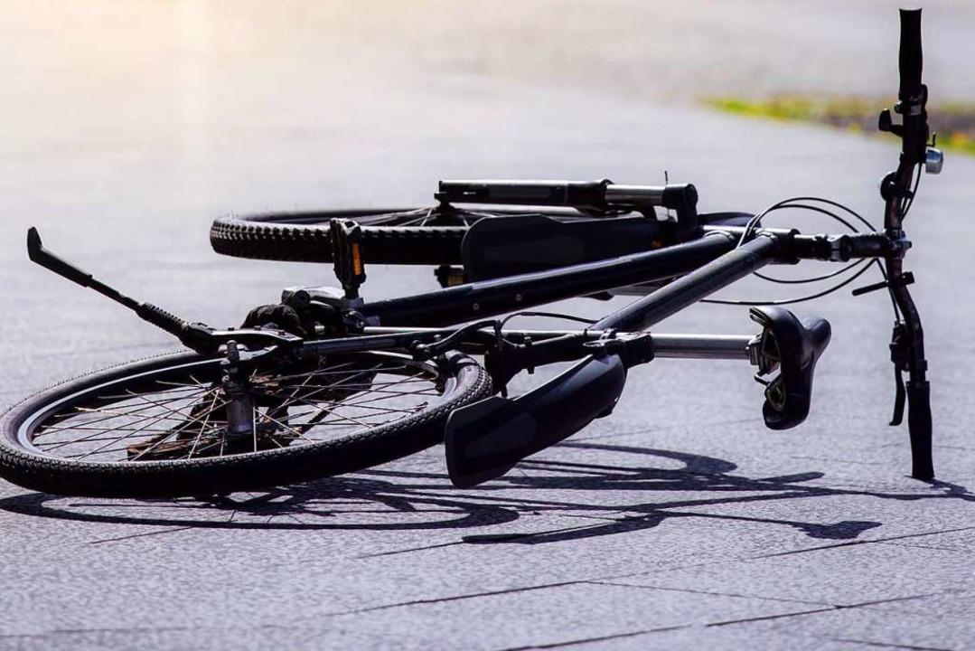 Zu einem Unfall in Gottenheim wurde di...erstagnachmittag gerufen (Symbolbild).  | Foto: Rainer Fuhrmann  (stock.adobe.com)