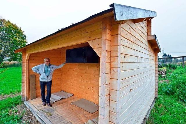 Kann eine zu große Gartenhütte durch Nistkästen legal werden?