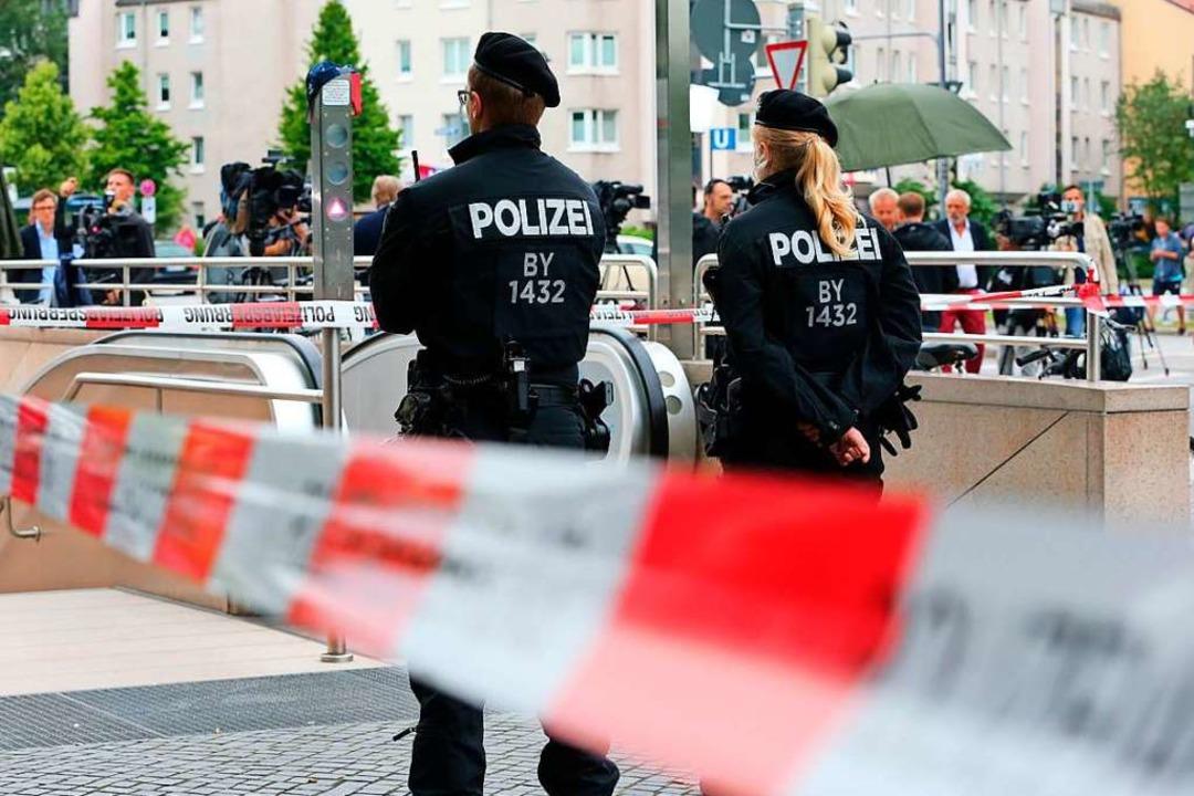 Archivbild: Nach den tödlichen Schüsse...entrum in München zunächst abgesperrt.    Foto: Karl-Josef Hildenbrand