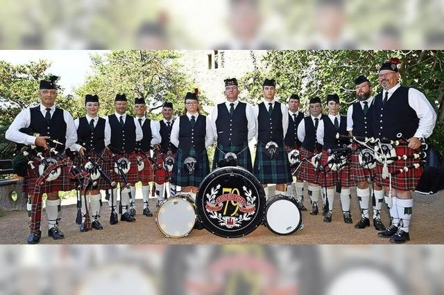 Castle-Hill-Pipers of the 79th District & Friends in Badenweiler