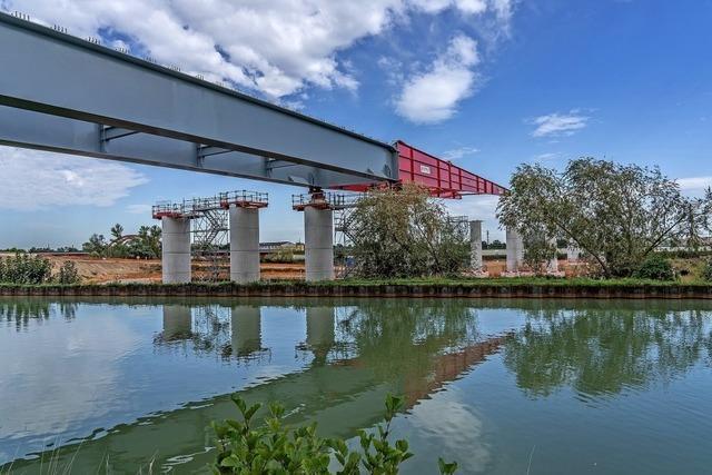 Spektakulärer Brückenschlag