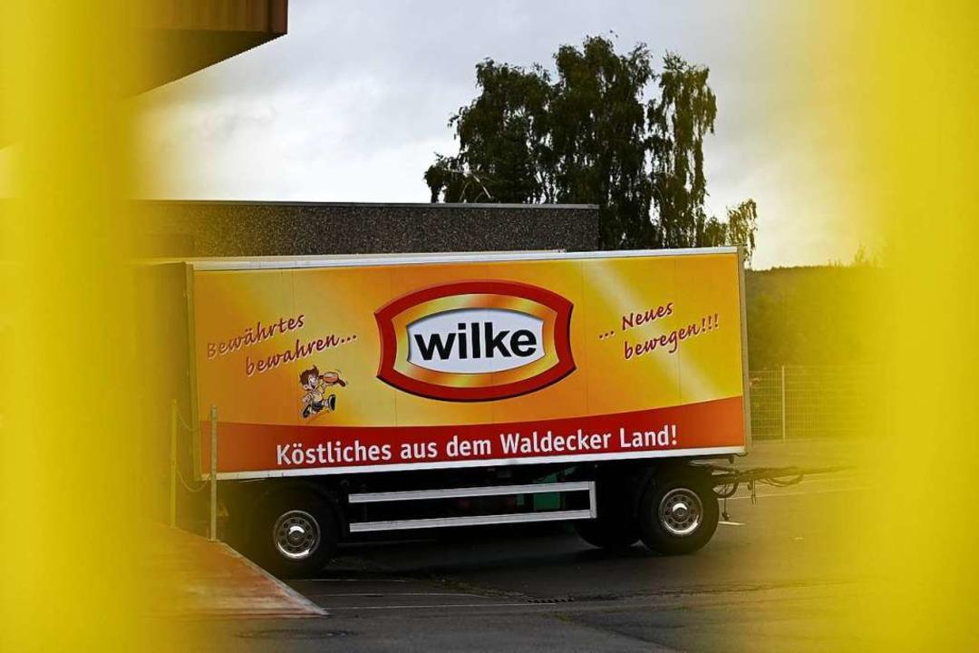Kam hiermit die verseuchte Ware? Ein L... des hessischen Wurstherstellers Wilke  | Foto: Uwe Zucchi (dpa)