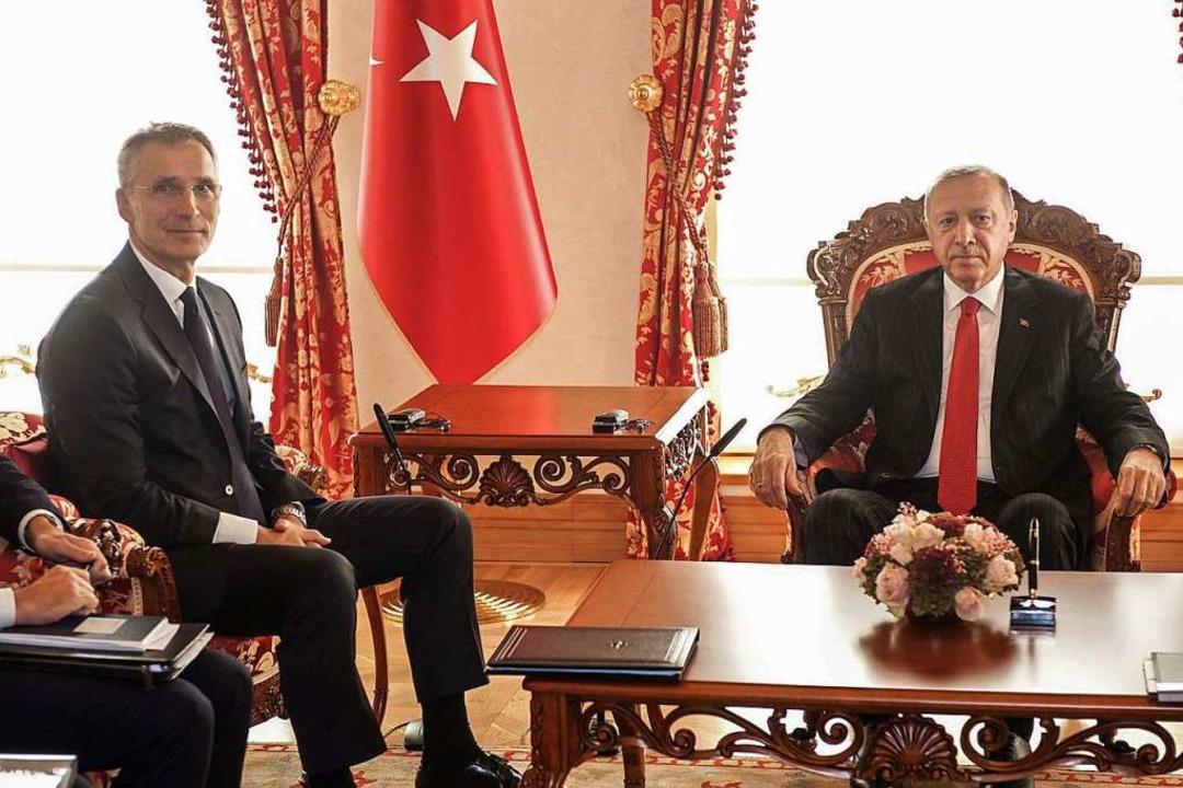 Der türkische Präsident Recep Tayyip E...retär Jens Stoltenberg im Oktober 2019    Foto: - (dpa)