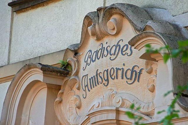 Aggressiver Nachbar muss sich in Schopfheim vor Gericht verantworten