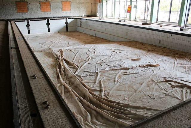 Umbau des Hallenbad St.Peter wird teurer als erwartet