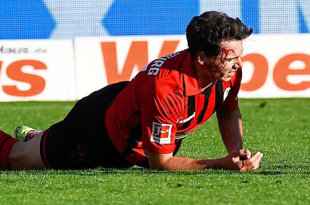 Nicolas Höfler erzielte gegen Leipzig ...r zweiten Halbzeit aber verletzt raus.  | Foto: THOMAS KIENZLE (AFP)