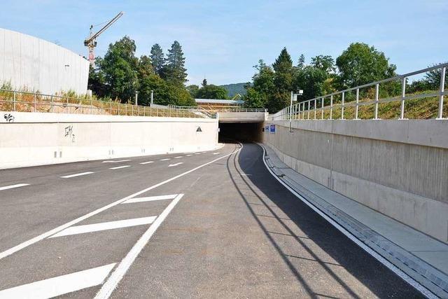 Handgreiflicher Streit vor dem Tunnel der Zollfreien Straße