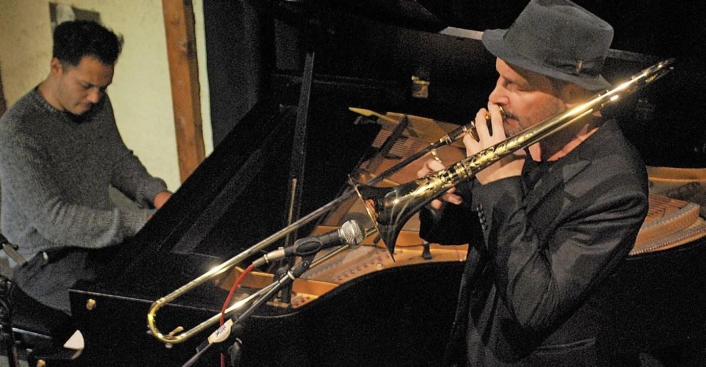 Der Pianist Benyamin Nuss und sein Vat...mmermusikalisches Konzert im Jazztone.    Foto: Thomas Loisl Mink