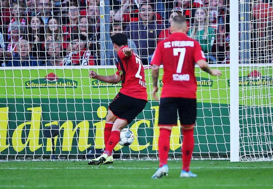 Nicolas Höfler beim 1:0-Treffer.  | Foto: Patrick Seeger (dpa)