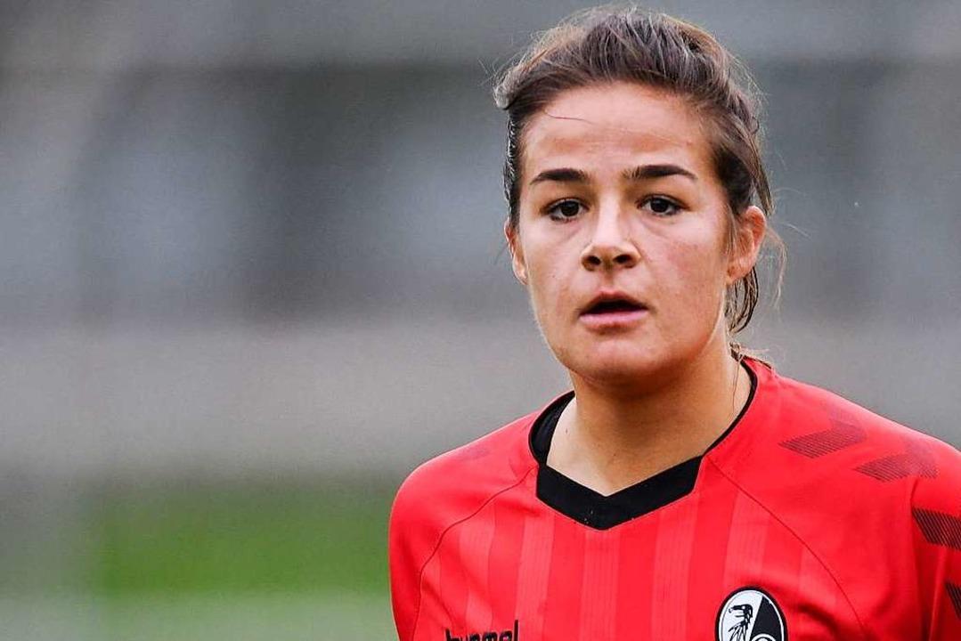 Lena Lotzen feierte in Köln ihr Bundesliga-Tordebüt für den Sportclub.  | Foto: Patrick Seeger