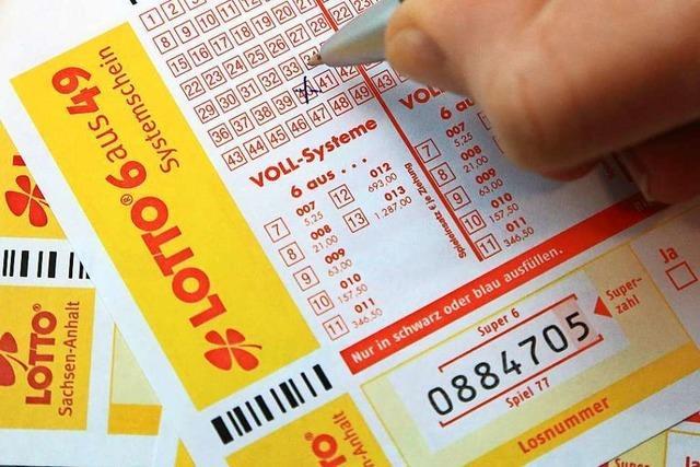 Lottospieler aus Lörrach gewinnt fast 2,4 Millionen Euro im Spiel 77
