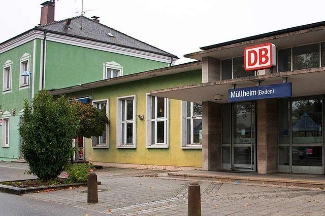 Müllheim stellt Ideen für neuen Bahnhof vor – Bahn will nur Haltepunkt bauen