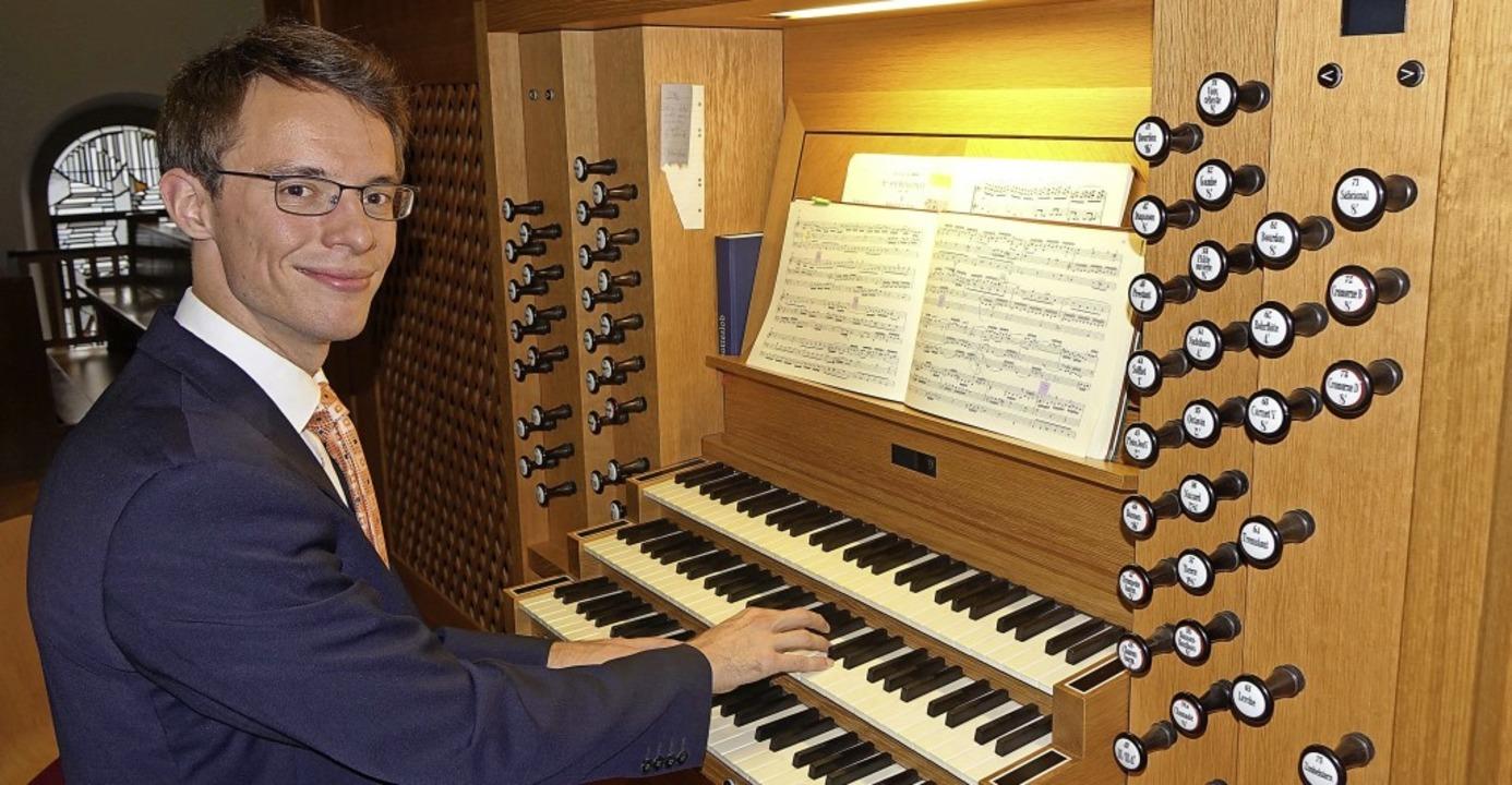 Johannes Langs Spiel wurde auch per Video auf Leinwand übertragen.     Foto: Roswitha Frey