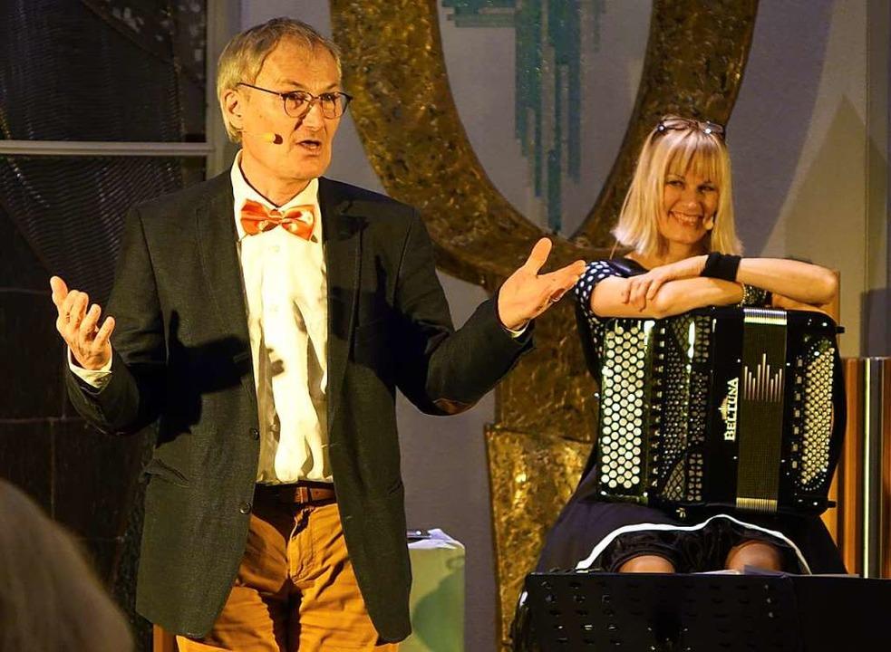 Der Schauspieler Peter Schell, bekannt...taltungsreihe im Bestattungshaus Frank  | Foto: Roswitha Frey