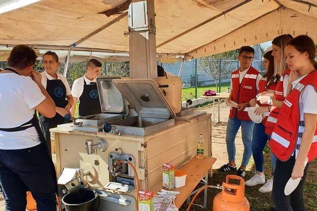 DRK-Feldküche aus Sasbach ist jetzt in Kroatien im Einsatz
