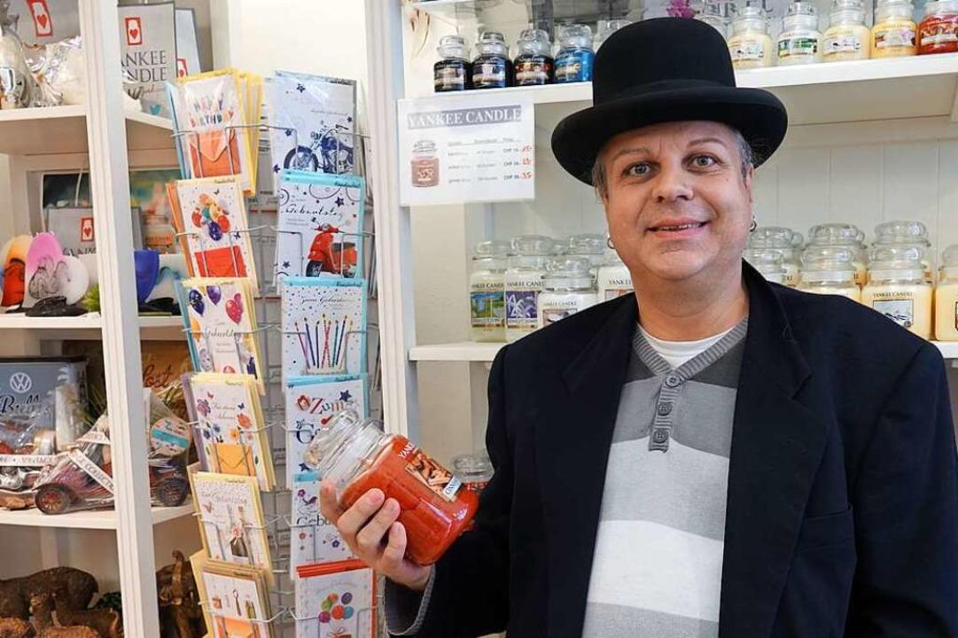 Der Hut ist das Markenzeichen von Claudio Meier.  | Foto: Valentin Zumsteg