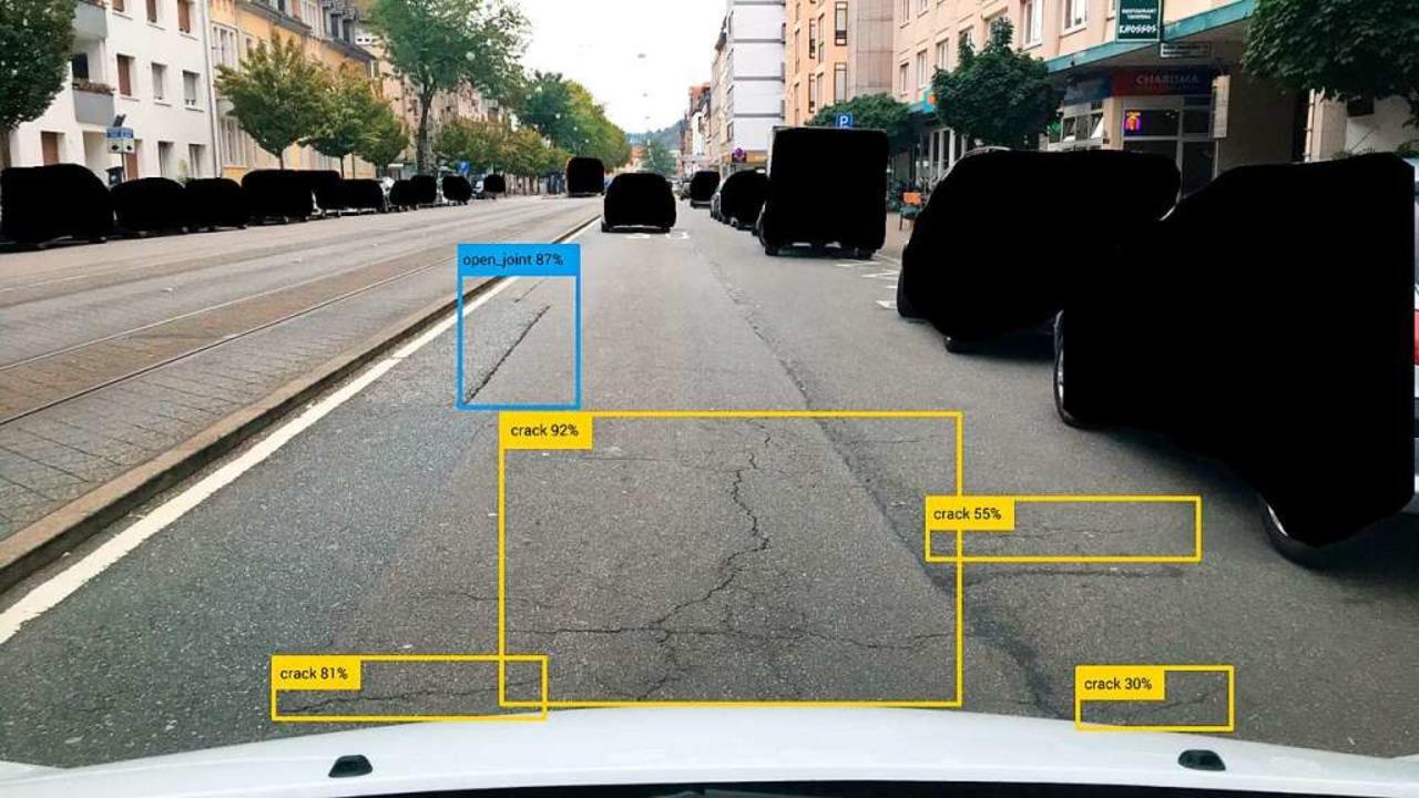 Dank künstlicher Intelligenz erkennt das System die Schäden.  | Foto: Vialytics