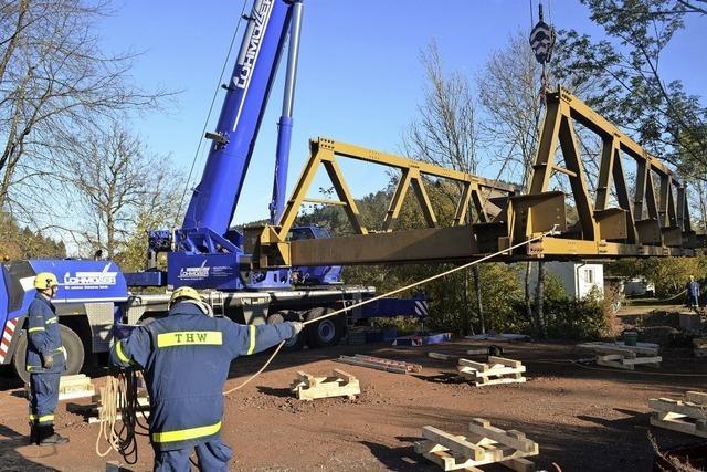 Ersatzbrücke über den Yacher Bach wurde abgebaut