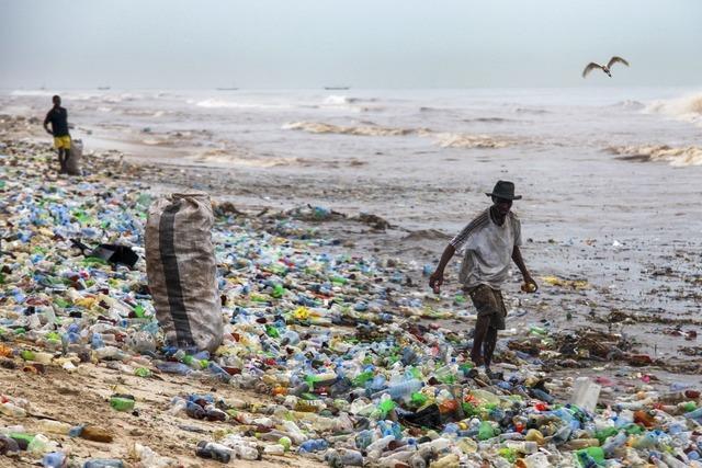 Warum Plastikmüll immer wieder zu uns zurückkehrt