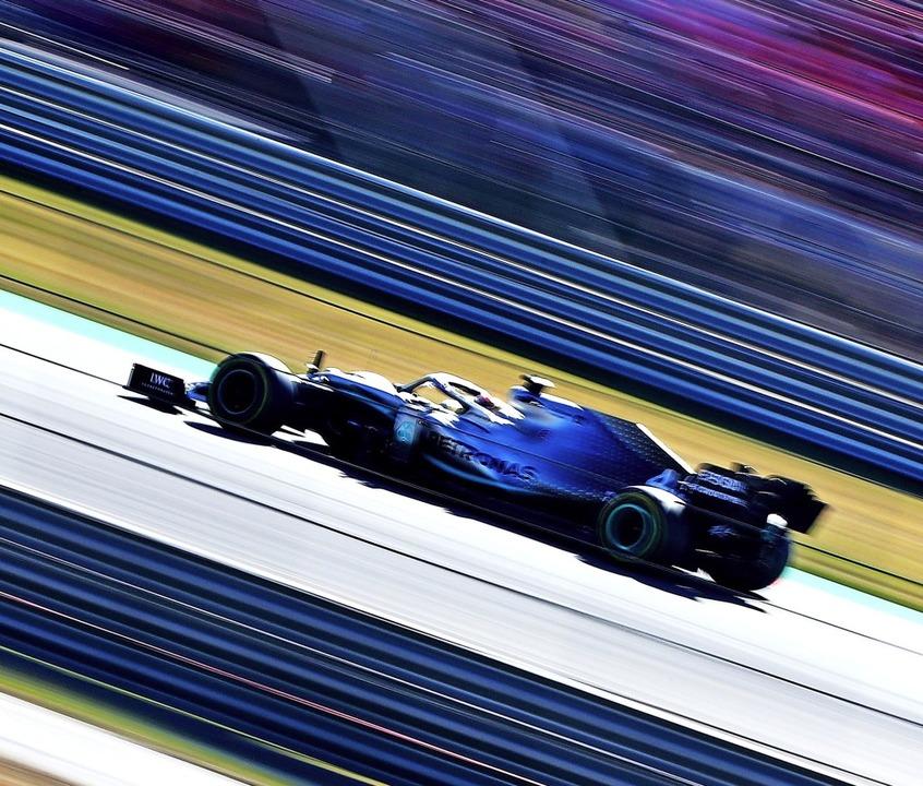 Riskante Reifenstrategie in Austin: Lewis Hamilton   | Foto: Dan Istitene (AFP)