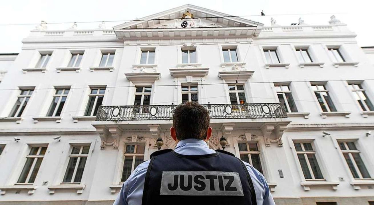 Vor dem Amtsgericht Freiburg bedauert ...kasten nahm, seine Taten (Symbolbild).  | Foto: Patrick Seeger