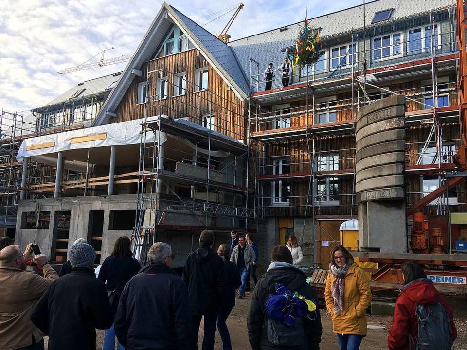 Richtfest auf dem Schauinsland: Das Be...kommendes Jahr wieder eröffnet werden.    Foto: Michael Dörfler
