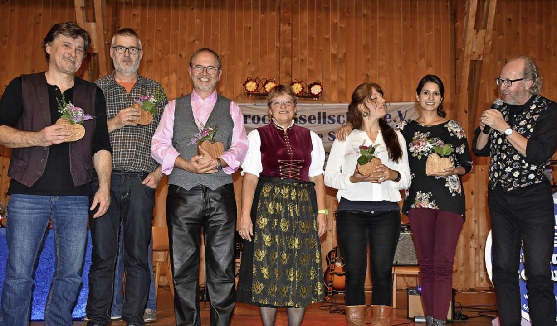 "Die Muettersproch-Gsellschaft ""A... Dold, Sandyha Hasswani, Jürgen Hack.   | Foto: Thomas Biniossek"