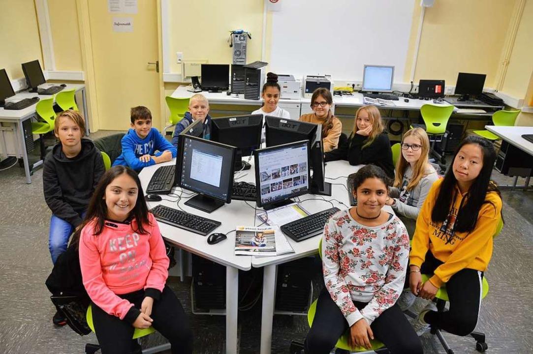 Schüler der Klasse 6b im Computerraum der Gemeinschaftsschule Rheinfelden  | Foto: Horatio Gollin