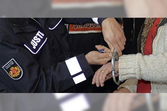 Polizeigewerkschaft fordert strengeres Asylrecht