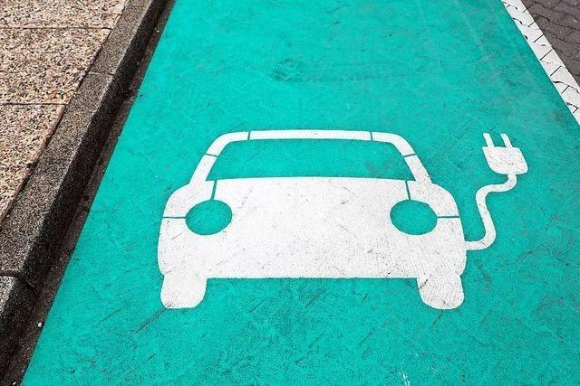 Wie kriegt man den Strom ins Auto?