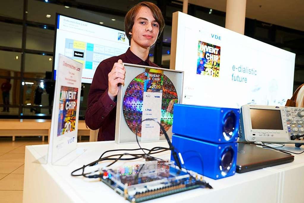 "16-Jähriger aus Kirchzarten siegt beim Schülerwettbewerbs ""Invent a Chip"" - Kirchzarten - Badische Zeitung"