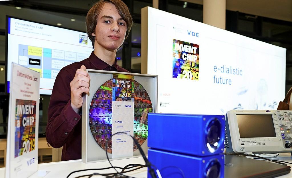 Mit Licht als Datenträger zum ersten Platz - Kirchzarten - Badische Zeitung