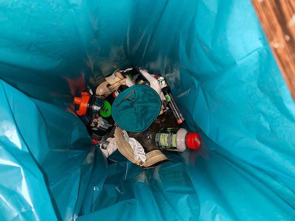 Die Kippa im Fitnessstudio-Müll &#8211...machte Samuel Kantorovych dieses Foto.  | Foto: Samuel Kantorovych