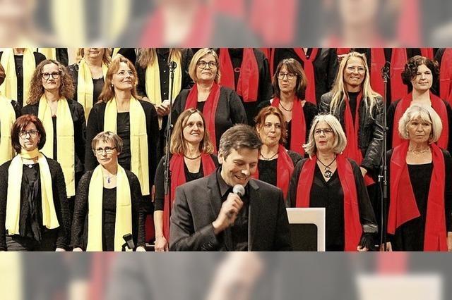 Chor singt feurige Gospelsongs
