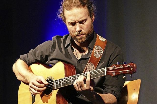 Ein Virtuose an der Gitarre