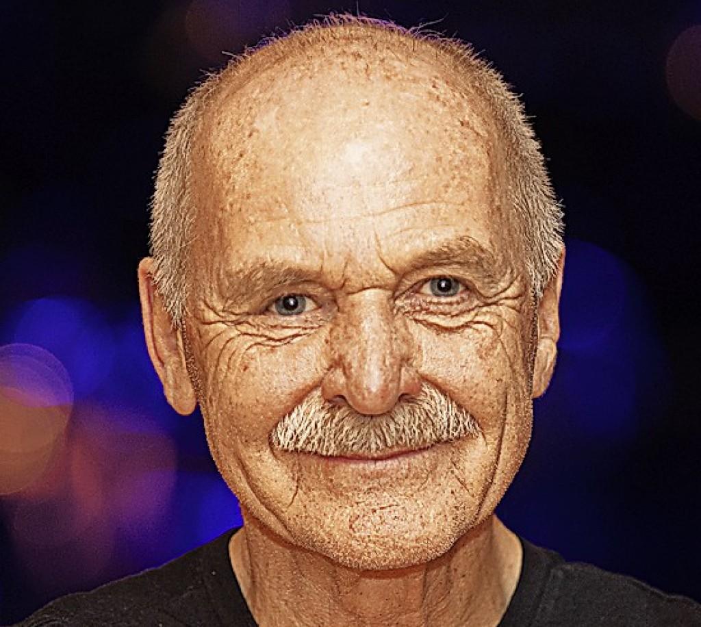 """""""Man erlebt einen Sänger, der die Songs auf seine Art lebt"""" - Lenzkirch - Badische Zeitung"""